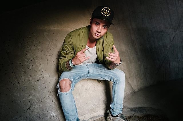 Dutch DJ Marlon Flohr better known as @bassjackers